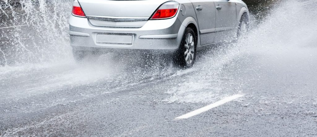 flood driving tips